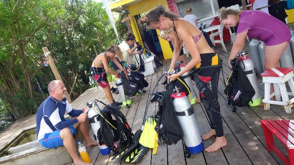 Divemaster course at Caribbean Reef Buddy